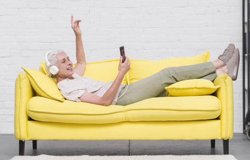 I baby boomer sono i nati tra il 1945 e il 1960 e hanno tra i 75 e i 60 anni attualmente